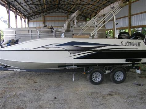 lowe sd224 fishing deck boat lowe sd224 sport deck boats for sale