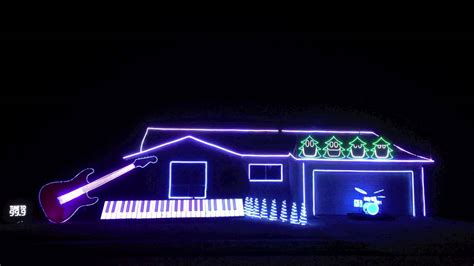 Best Christmas Light Show Amazing And Hilarious Best Lights Show