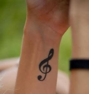 treble clef tattoo on wrist treble clef tattoos designs ideas and meaning tattoos