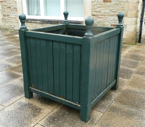 Planter Boxes Uk by Tennants Auctioneers Four Large Versailles Planters