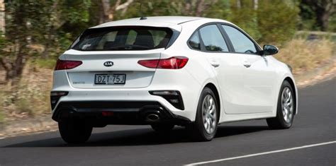Kia Cerato Hatch 2019 by 2019 Kia Cerato Hatch Range Review