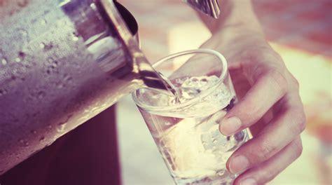alimenti per calcoli renali prevenire i calcoli renali con l acqua e gli alimenti giusti