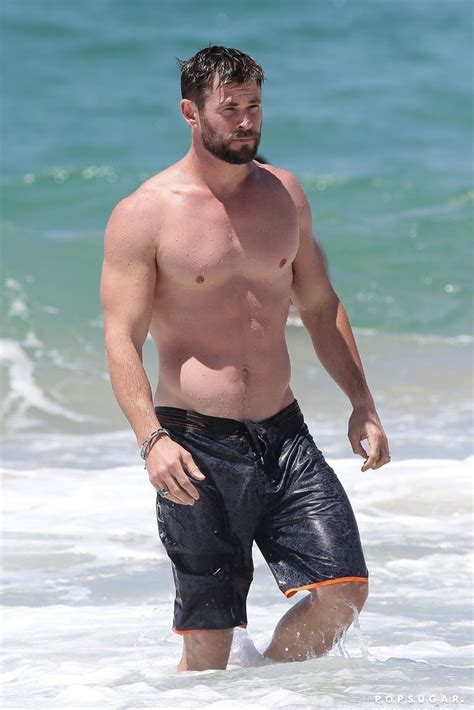 chris hemsworth best chris hemsworth best shirtless pictures 2017