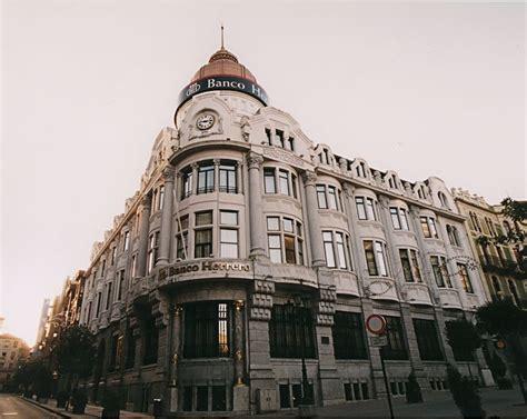 banco herreri paraiso asturiano modernismo en oviedo