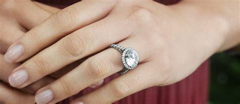 Ring Verlobung by Luxury Brand Communications Breaking The Fashionbi