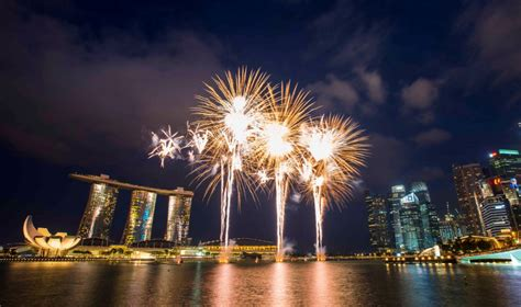 new year singapore hotel new year s in singapore countdown to 2017 at