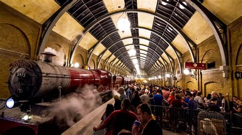 the wizarding world of harry potter family travel channel travel channel - Wizarding World Of Harry Potter Sweepstakes