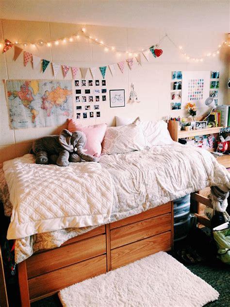 20 Comfortable Dorm Room Ideas   Home Design And Interior