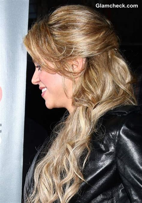 shakira hairstyles the voice shakira mixes it up at the voice top 12 event