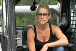 This nicole curtis girl on rehab addict is pretty cute ign boards