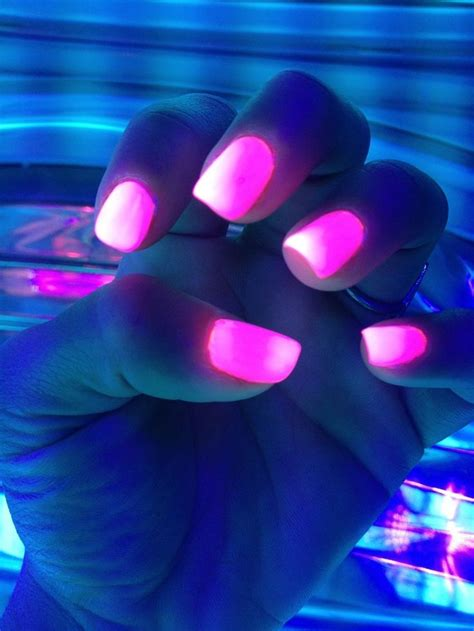 Aef Glowing 17 best images about glow in nails on glow glow in and paint splats