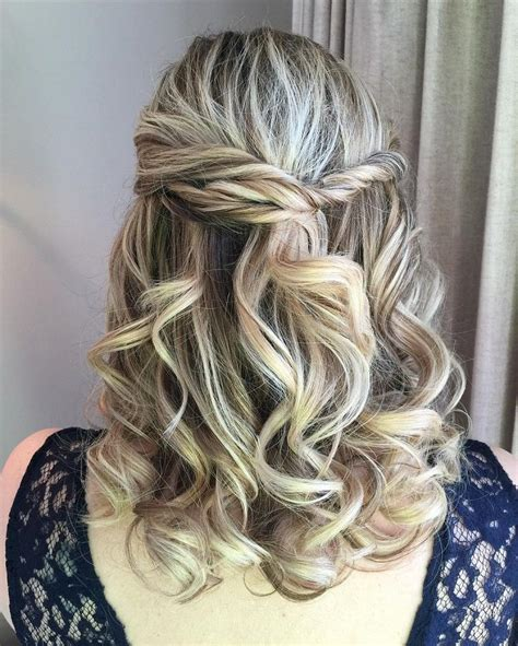 Modern Wedding Hairstyles For Medium Length Hair by Best 20 Wavy Wedding Hairstyles Ideas On