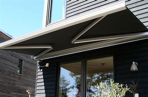 outdoor awnings melbourne folding arm awnings melbourne statewide outdoor blinds