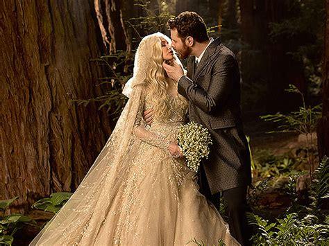 Parkers Wedding Photo by Wedding Photo Revealed