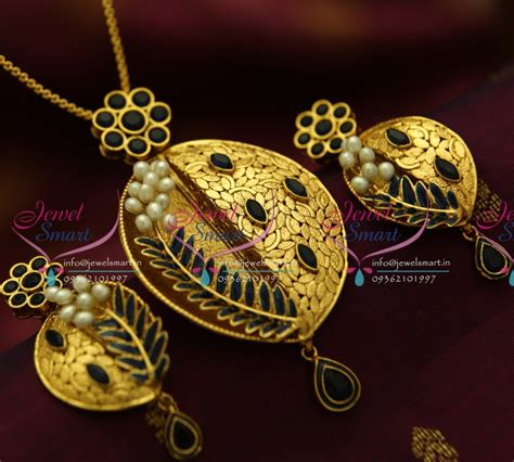 Handcrafted Gold Jewellery - ps1824 exclusive antique sapphire gold design handmade