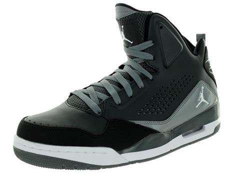sc 3 basketball shoes andre johnson jr s gray sc 3 basketball shoes