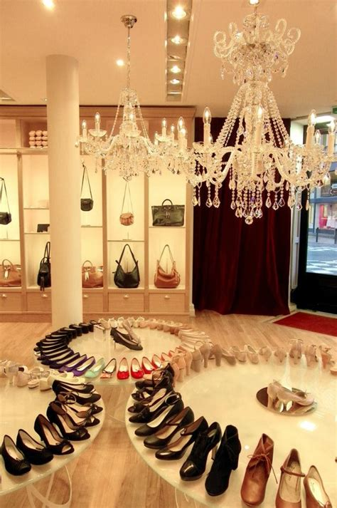 high heels stores 17 best images about shoe stores on shoe