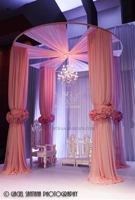 Column Decoration Ideas by 25 Best Ideas About Wedding Columns On