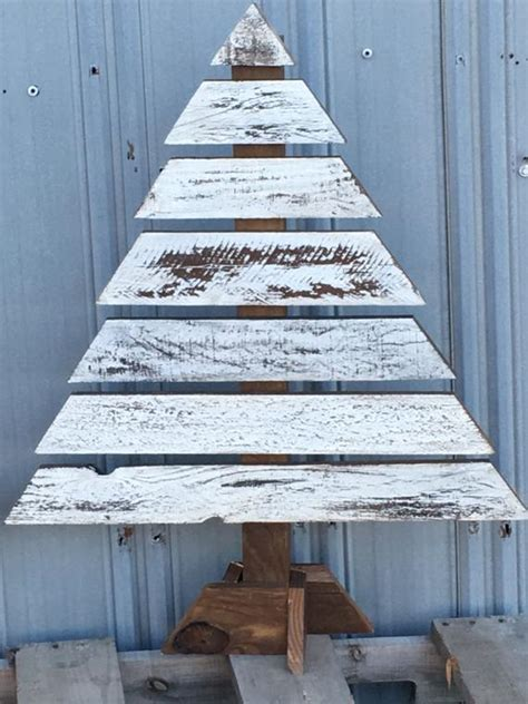 pallet christmas tree dimensions wood trees pallet trees porch decor