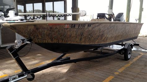 painting aluminum boat hull painting an aluminum boat for duck hunting the hull