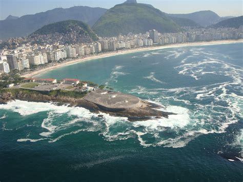copacabana praia hotel file copacabana de janeiro 330 passeios forte de copacabana de janeiro guia da semana