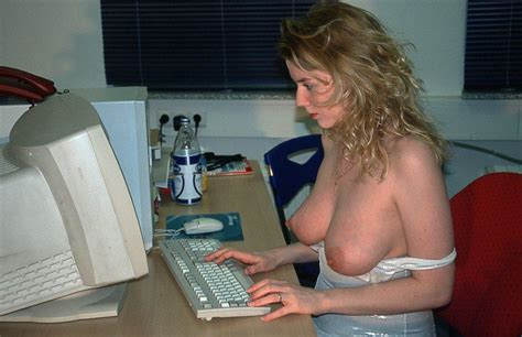 Busty Milf Working On The Computer Flipmeme