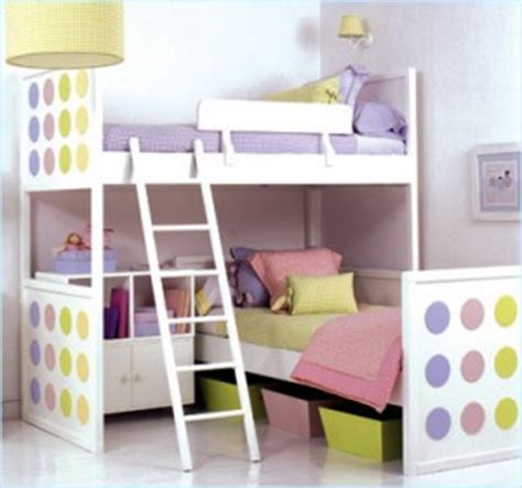 how to make a small kids bedroom look bigger how can i make a small bedroom looks larger