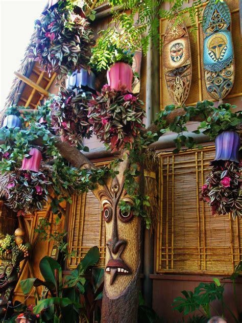 Tiki Hut Disneyland by Part Of The Enchanted Tiki Room At Disneyland Disney