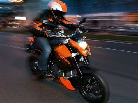 Ktm Duke 690 Top Speed 2012 Ktm 690 Duke Pictures Motorcycle Review Top Speed