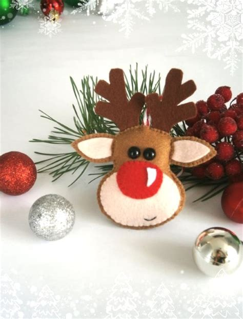 50 christmas reindeer decorations to make pink lover