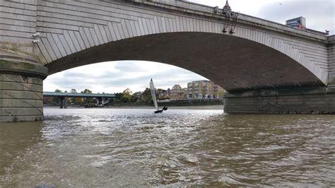 thames river cruise merlin merlin rocket royal thames autumn trophy at ranelagh