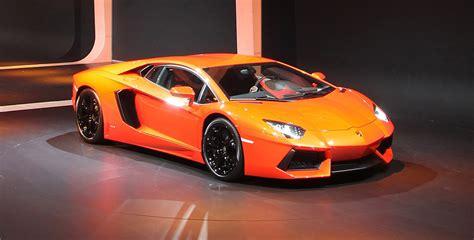 voiture de sport lamborghini prestigeguide automobiles de prestige lamborghini la