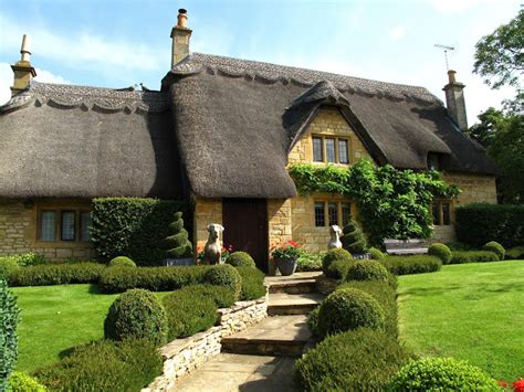Chapter Cottage Chipping Cden by Transit Notes Walking The Cotswold Way