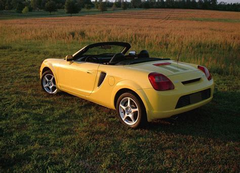 Toyota Mr2 Spyder Review 2000 2005 Toyota Mr2 Spyder Picture 16131 Car Review