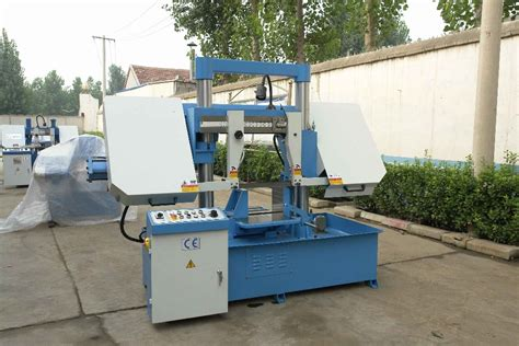 gh 4240 hydraulic cutting band saw metal sawing machine