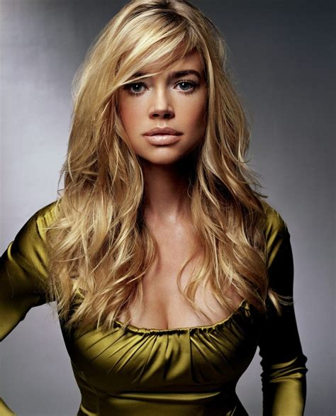 does denise richards have extentions denise richards she is so beautiful hair color