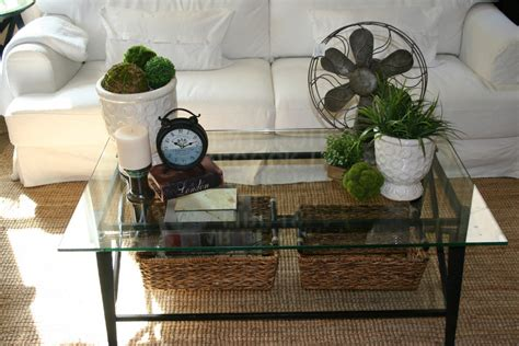 living room coffee table decorating ideas to liven up