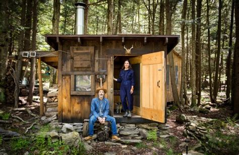 simple living in a tiny cabin in the woods