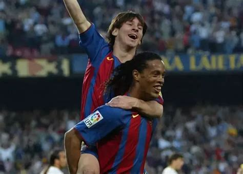 barcelona quora who is better at their best messi or ronaldinho quora