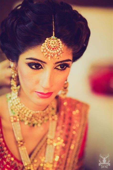 indian hairstyles with tikka 537 best indian wedding images on pinterest bridal