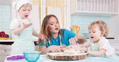 cuisiner pour les enfants r 232 gles d hygi 232 ne pour cuisiner avec les enfants sant 233 et
