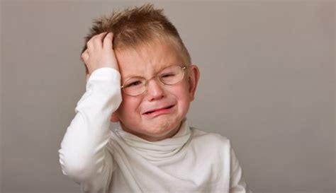 headbanging toddlers  risk  autism