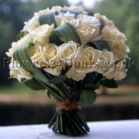 day flower delivery s day flower guide the language of flowers