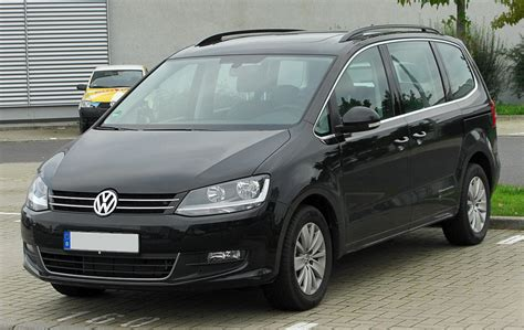 Auto Sharan by Volkswagen Sharan