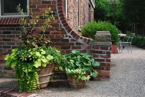 vasi in terracotta da giardino vasi di terracotta vasi scegliere vasi di terracotta