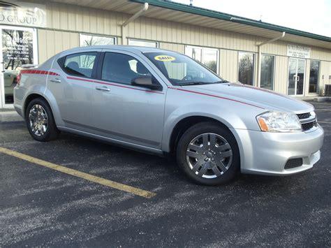 2012 Dodge Avenger Se by 2012 Dodge Avenger Pictures Cargurus