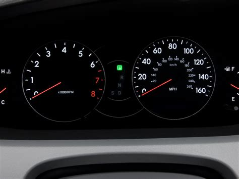 how cars run 2006 toyota avalon instrument cluster image 2008 toyota avalon 4 door sedan xl natl instrument cluster size 1024 x 768 type gif