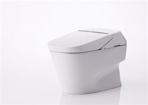 self cleaning bathroom a self cleaning toilet and toto dig this design