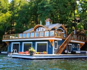 boat house pics 25 best ideas about houseboats on pinterest houseboat living houseboat ideas and