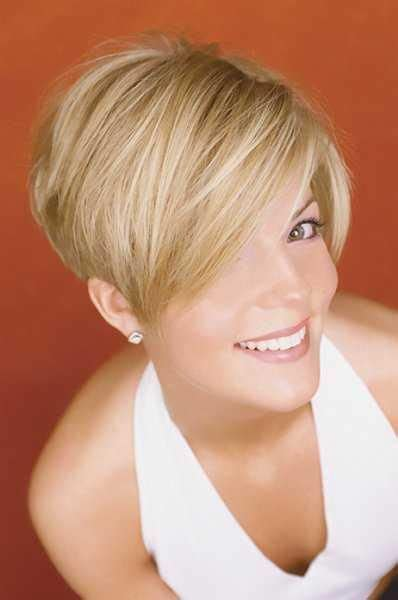 shoulder wedge hairstyles 17 best images about wedge hair on pinterest shorts